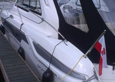Przyciemnienie szyb - łodzie motorowe, folia Raycer 20