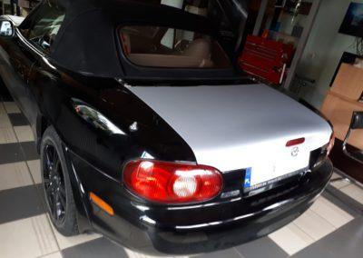 Mazda 3 - srebrny karbon