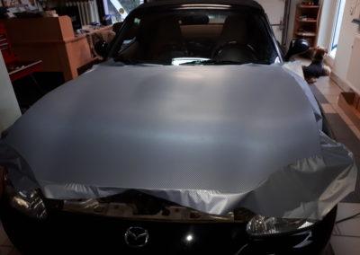 Mazda 3 - srebrny karbon 3d