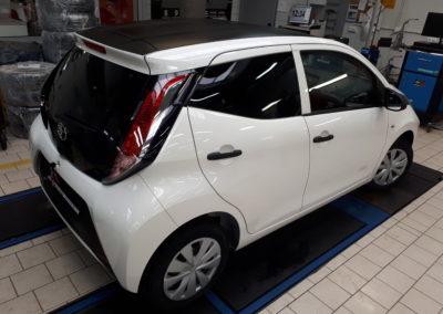 Toyota Aygo - czarny mat + szyby 85% przyciemnienia